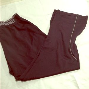 Under armour size large track pants